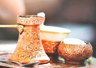Всем нам знакомые европейский латте и крепкий турецкий кофе — ...