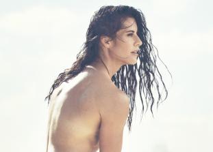 Известные спортсменки со всего мира рассказывают, почему они любят свое тело таким, какое оно есть.