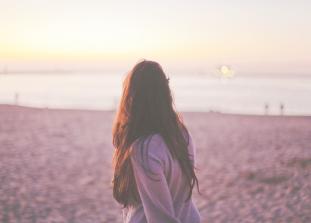 Как признаться себе в том, что прошлые отношения все еще имеют значение и не мешать себе двигаться дальше.