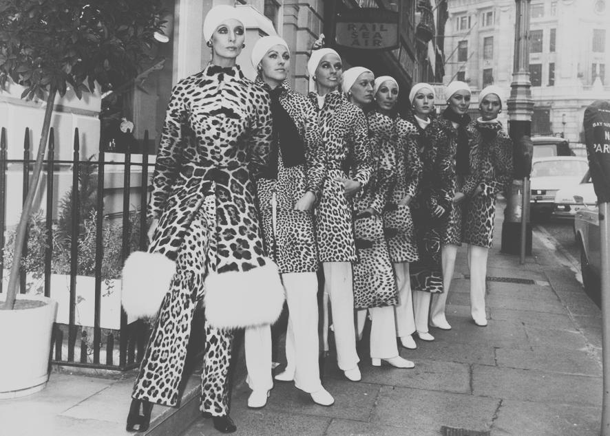 Самое интересное из истории леопардового принта от королевских мантий до Мадонны и Кейт Мосс.
