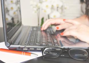 Как смотивировать себя начать карьеру с нуля и не стать жертвой стресса.