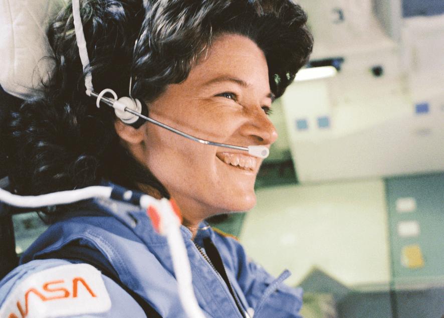 Истории первых в своем роде женщин-астронавтов: их работа, заслуги и жизни.