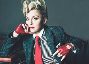 Певица поделилась подробностями тяжелых периодов своей карьеры, рассказала о вдохновении и о том, каково это — быть женщиной в музыкальной индустрии.