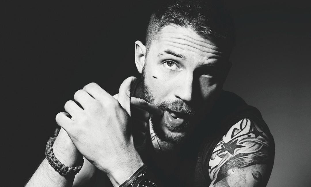 Том Харди любит делать татуировки