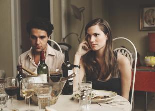«Может, это была детская влюблённость, из которой выжимаются последние соки, просто ради привычки?».