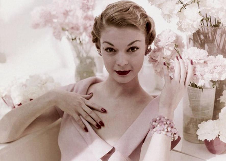 10 лучших материалов о красоте и уходе за собой.