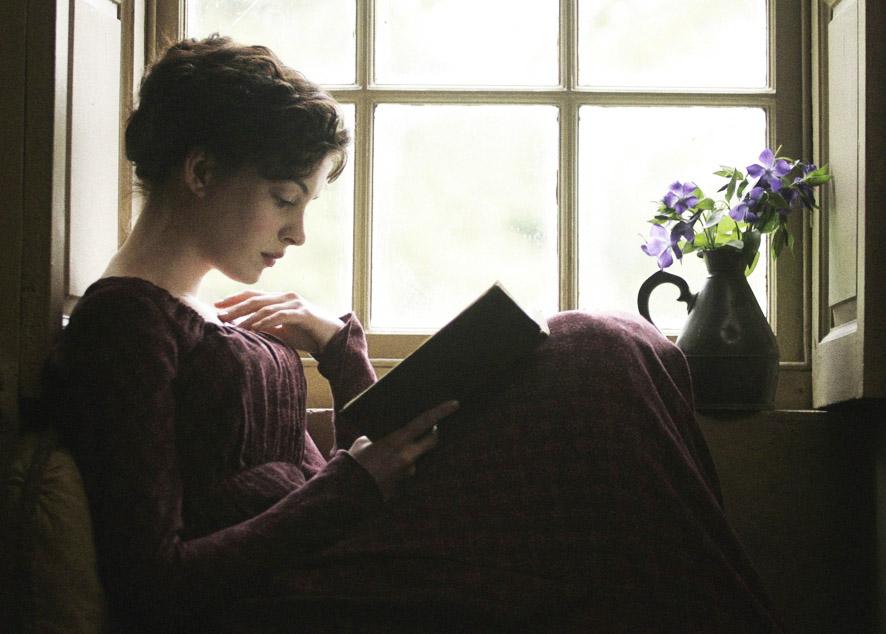 Новый взгляд на любовные романы через трагедии, сказки и даже словарь.
