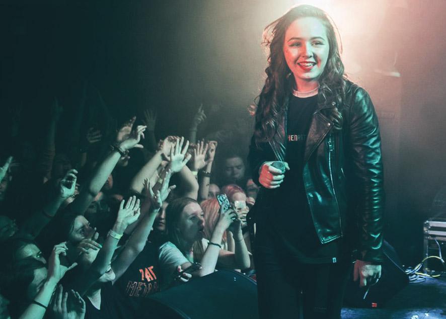 MOZEE MONTANA девушка в российском рэпе