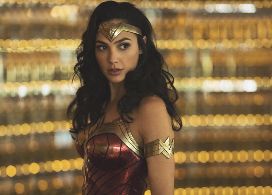 Актриса дает фанатам подсказки о грядущем фильме.
