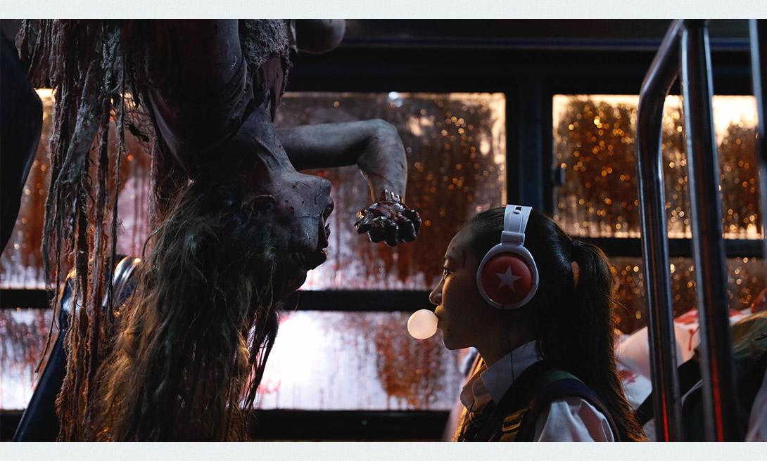 Мон мон мон монстры! (Mon Mon Mon Monsters) - кадр из хоррора