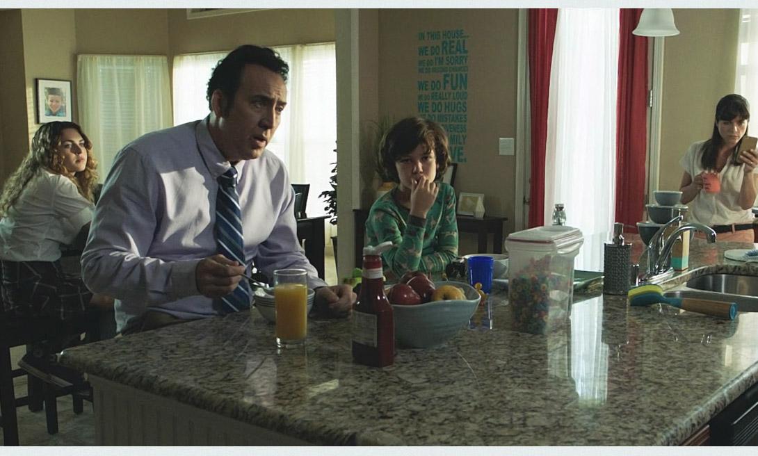 Мама и папа (Mom and Dad) - хоррор-противостояние отцов и детей