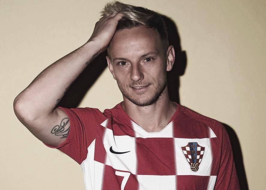 Хорватский полузащитник, космополит, полиглот.
