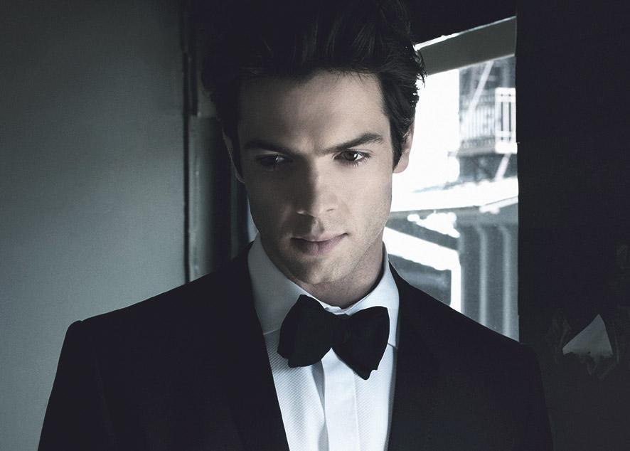 Внук легенды американского кинематографа, актер, модель и невероятно элегантный мужчина.