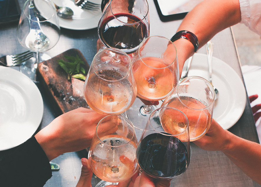 Популярные вопросы, которыми задаются новички в алкогольном этикете.