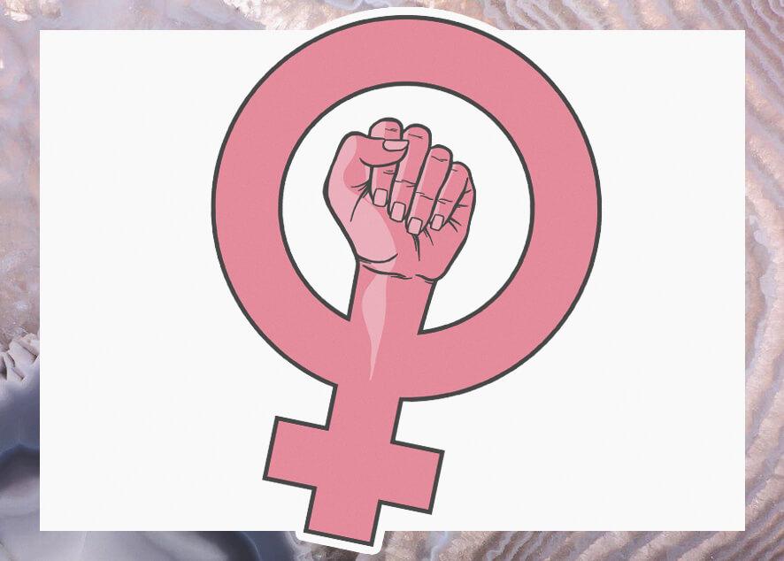Вместо борьбы с реальными проблемами очередная дискриминация женщин в России.