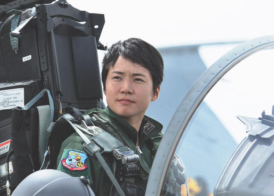 Лейтенант Мацусима справилась со стеклянным потолком.