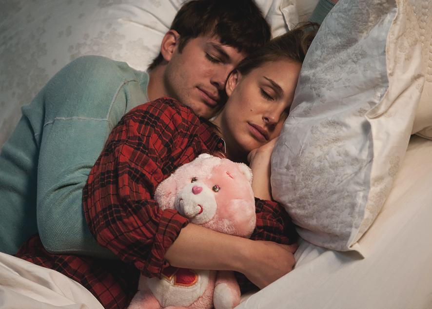 Как наладить здоровый сон, если вас в постели двое.
