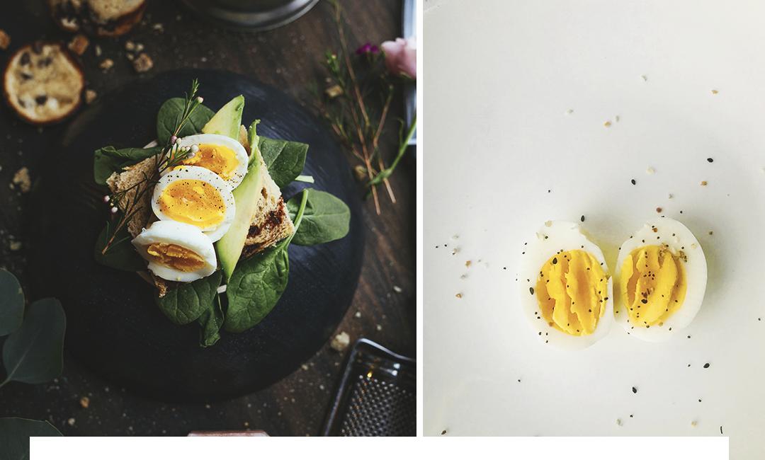 Каким должен быть завтрак? Богатый белками, а они содержатся в яйцах.