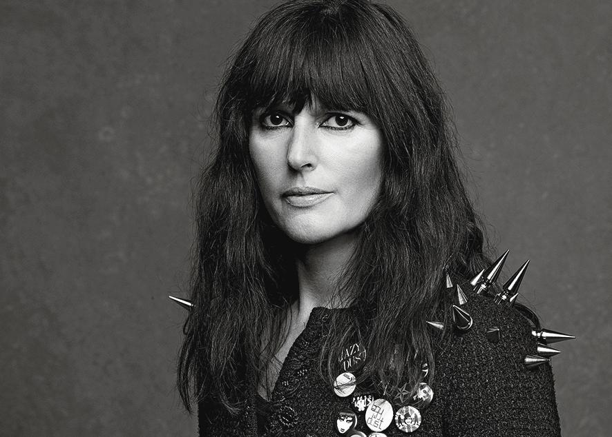 Кто такая Вирджини Виар и почему она возглавила модный дом Chanel.