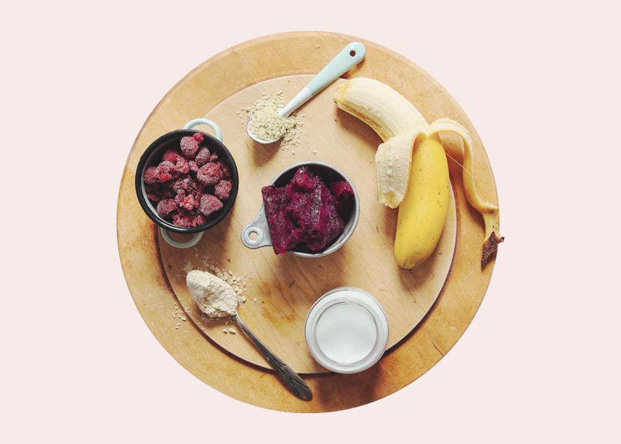 Экзотические фрукты, крахмалистые овощи и другие средства для твоего живота.
