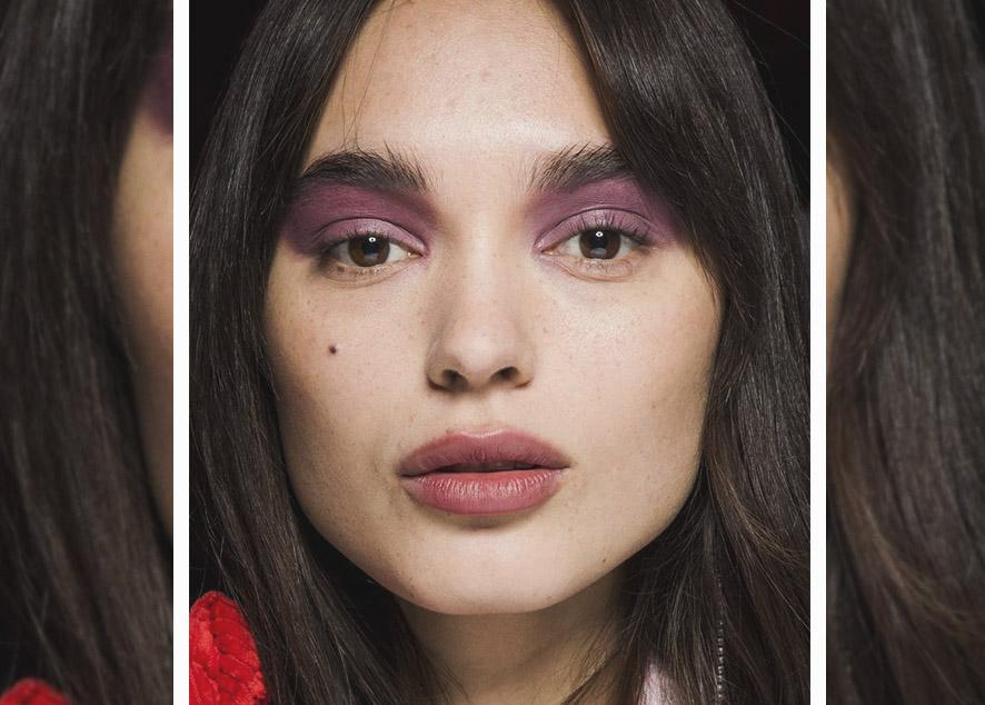 Советы, с которыми наносить макияж станет проще.