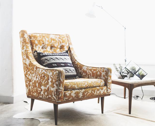 Подари старой мебели новую жизнь.