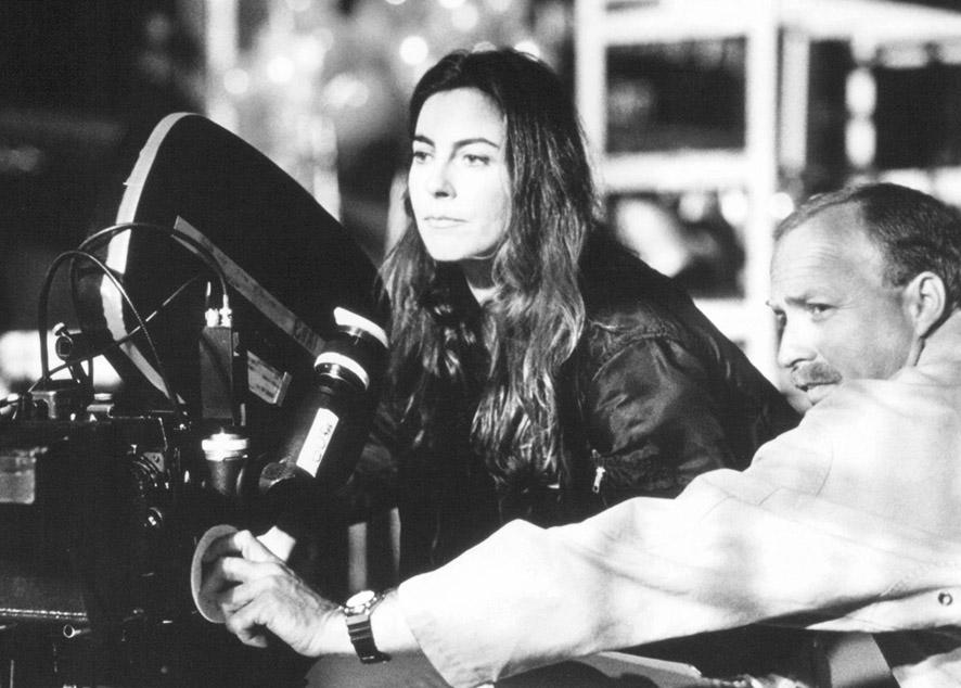 Прийти к равноправию не насильственным методом, а с помощью переосмысления философии киноиндустрии.
