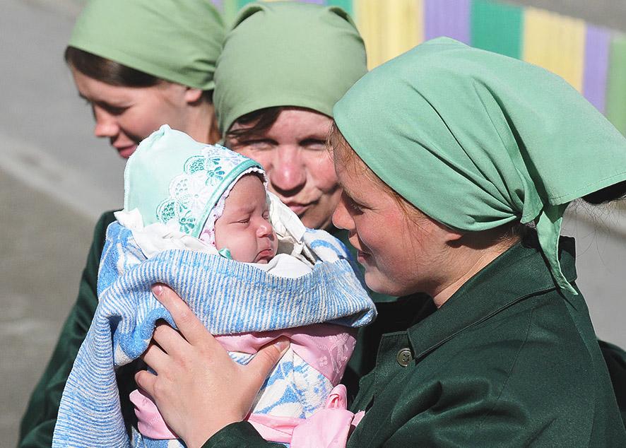 Андрей Кутепов, автор законопроекта, считает, что его идея поможет улучшить условия пребывания женщин с детьми и беременных под стражей.