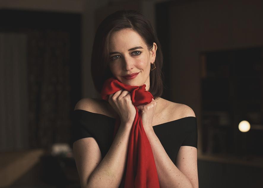 Как стильно завязать платок, чтобы всегда оставаться в тепле.