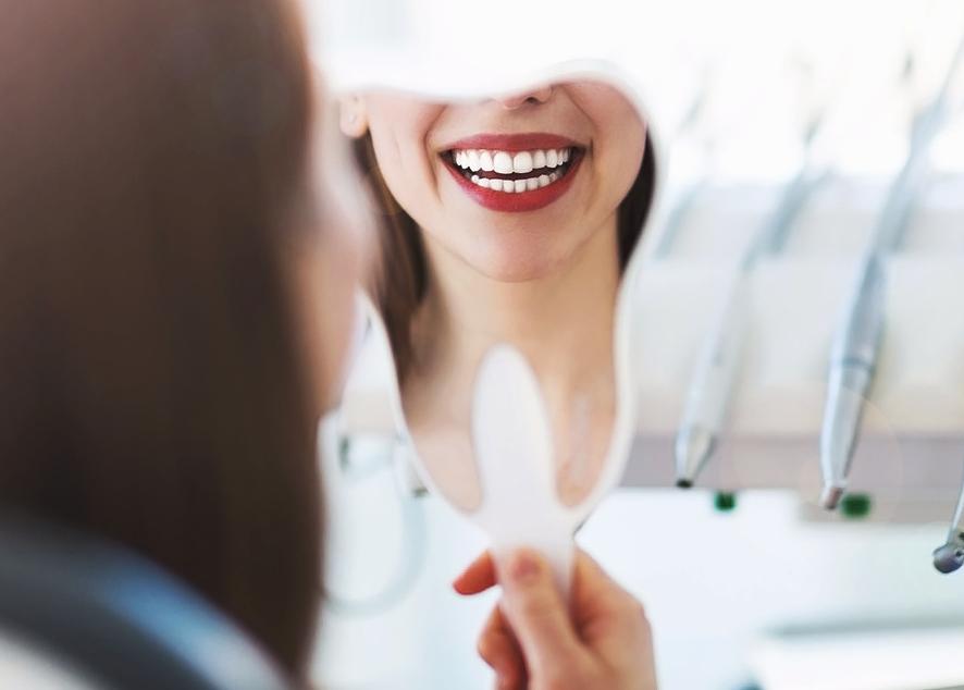 Как обрести здоровые зубы и десны.